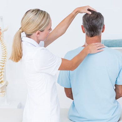 chiropractor-neck-treatment-San Diego